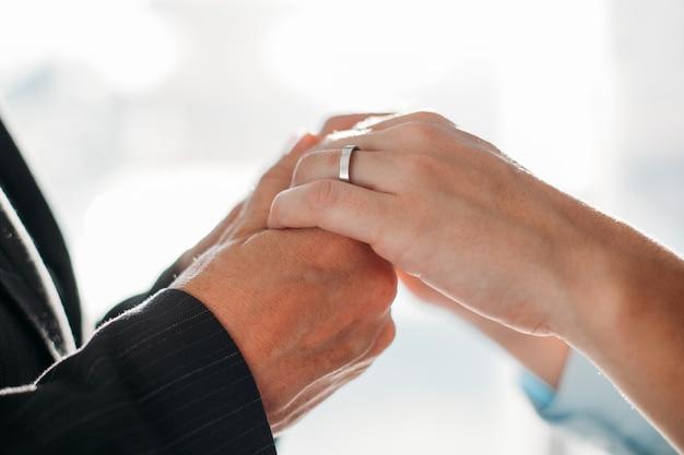 Jarig partnership ondersteuning echtpaar