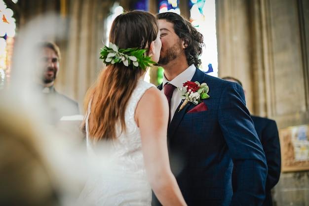 Je kunt de bruid kussen