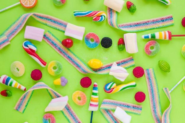 Jelly strips, marshmallow en lollipops