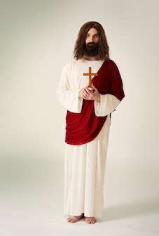 Jezus christus met christelijke accessoires