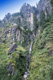 Jogini-waterval, manali