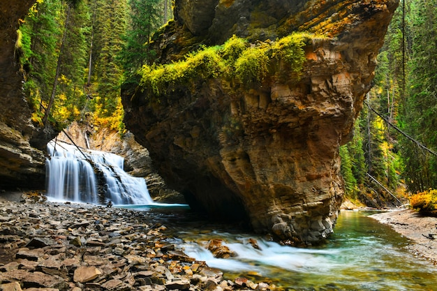 Johnston canyon falls in banff national park, canadese rockies, alberta, canada