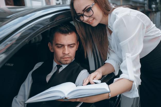 Jong gezicht werk zakenman levensstijl