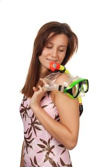 Jong meisje met een masker voor duiken geïsoleerd op wit