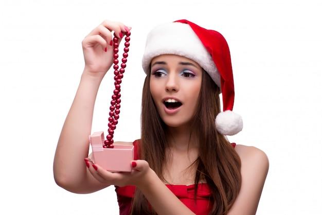Jong santameisje in kerstmisconcept dat op wit wordt geïsoleerd