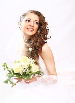 Jonge aantrekkelijke bruid.