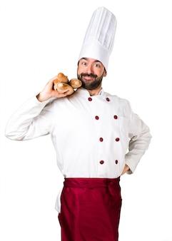 Jonge bakker met wat brood