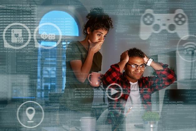 Jonge indiase game-ontwikkelaars verloren hun geld en waren erg overstuur