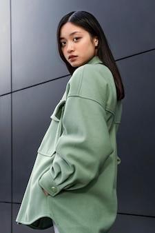 Jonge japanse vrouw portret