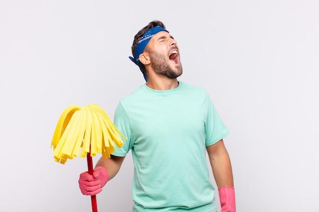 Jonge man huishoudster concept