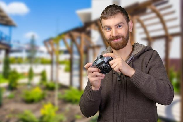 Jonge man met camera