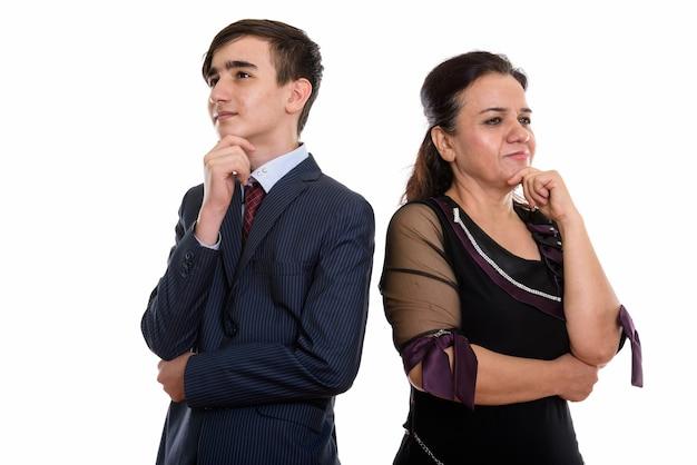 Jonge perzische tienerzakenman en vrouw