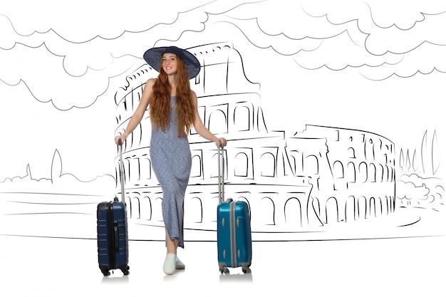 Jonge vrouw die naar rome in italië reist