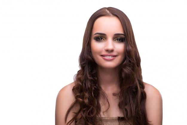 Jonge vrouw met mooi haar dat op wit wordt geïsoleerd
