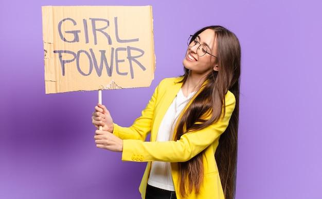 Jonge zakenvrouw feministe