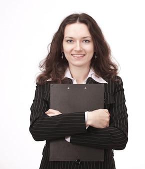 Jonge zakenvrouw met documenten. geïsoleerd op een witte muur.