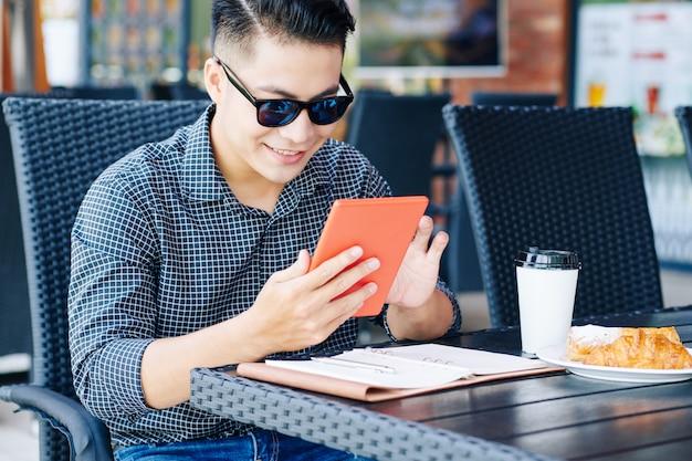 Jongeman artikel online lezen
