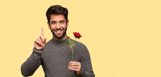 Jongeman vieren valentijnsdag