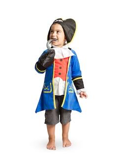 Jongen verkleed als piraat