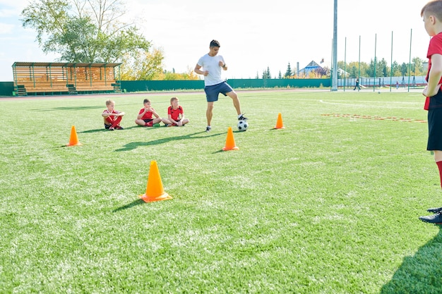 Junior voetbalteam training