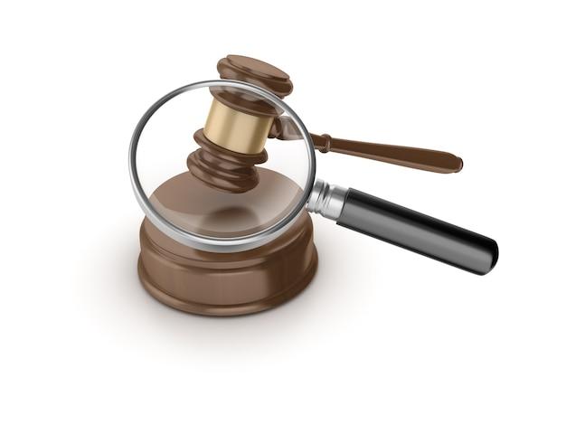 Juridische voorzittershamer met loep