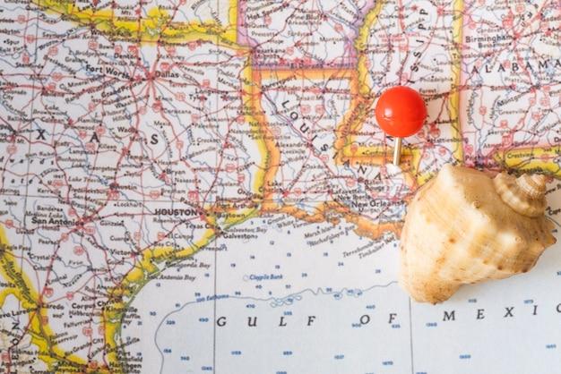 Kaart van de verenigde staten van amerika en zeeschelp