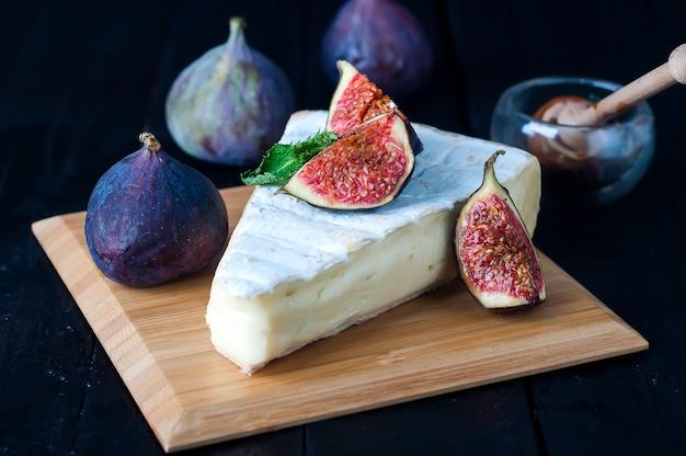 Kaas met fig