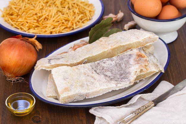 Kabeljauwvis met aardappel en eieren