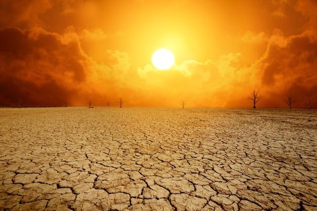 Kale landachtergrond als gevolg van klimaatverandering