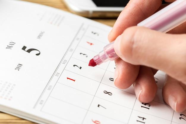Kalender op de tafel