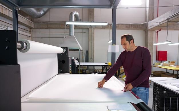 Kalender overdracht machine productie operator man