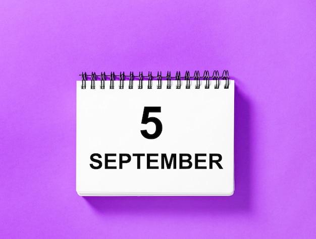 Kalenderboek voor datum. 5 september