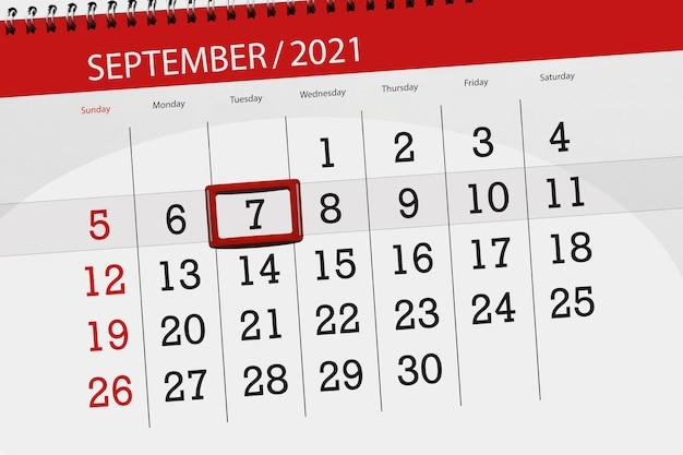 Kalenderplanner voor de maand september 2021, deadline dag, 7, dinsdag. Premium Foto