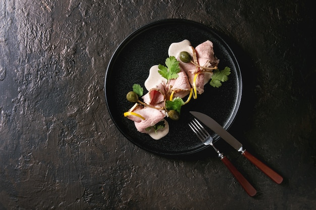 Kalfsvlees met tonijnsaus vitello tonnato