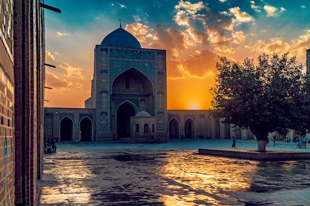 Kalyan moskee in bukhara