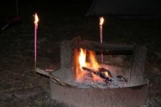 Kamp vuur, vlammen