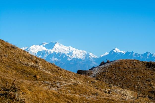 Kanchenjunga waaier in himalayagebergte, landschap in de ochtend wordt genomen die