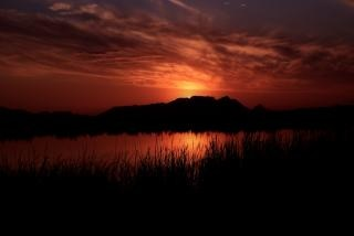 Karmozijnroode zonsondergang