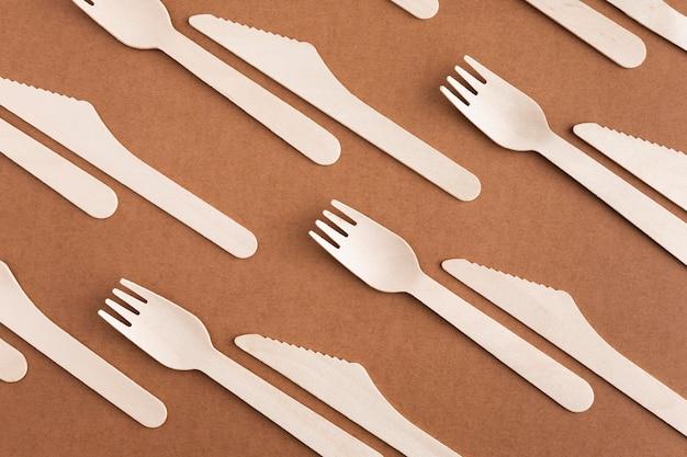 Kartonnen mes en vork