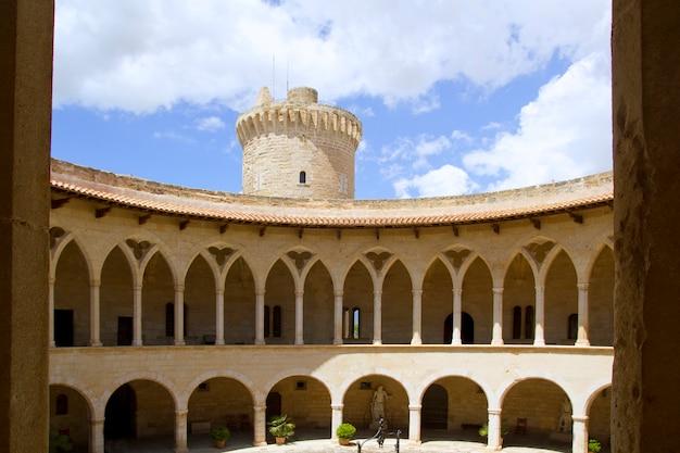 Kasteel castillo de bellver in majorca op palma de mallorca