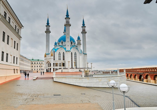 Kazan, rusland - 26 oktober 2020, kul sharif-moskee op het grondgebied van het kremlin van kazan. moslims