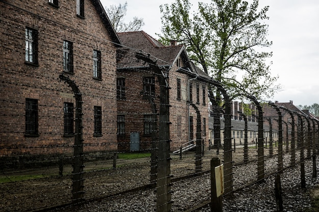 Kazerne van het duitse concentratiekamp auschwitz ii, birkenau, polen.