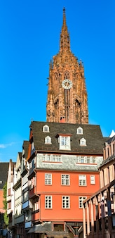 Keizerlijke kathedraal van sint-bartholomeus in frankfurt am main, duitsland