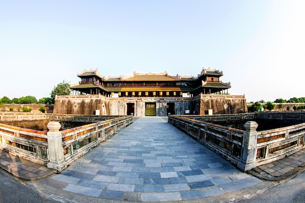 Keizerlijke paleisgracht, keizerpaleiscomplex, hue-provincie. vietnam