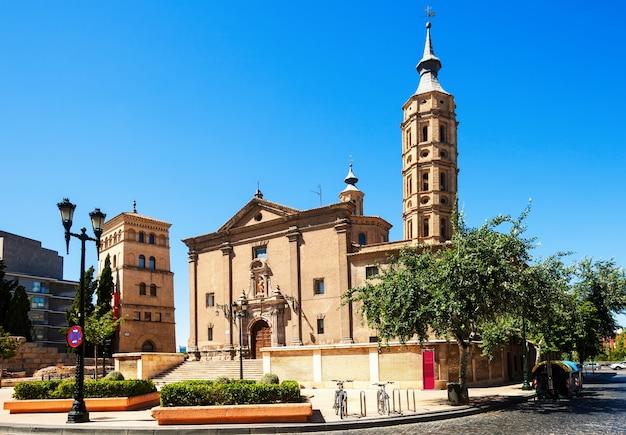 Kerk van san juan de los panetes en zuda tower