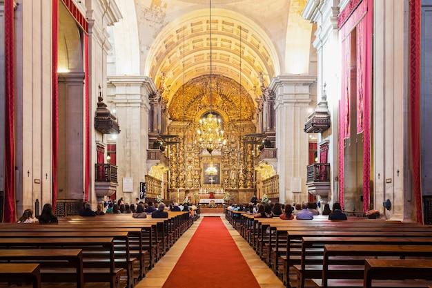 Kerk van sao salvador in coimbra, portugal