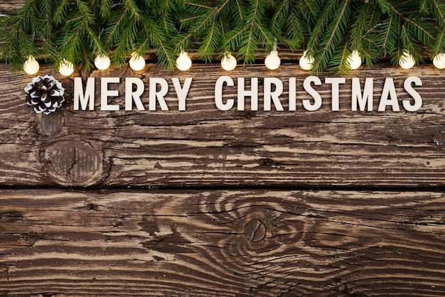 Kerst achtergrond op een houten tafel