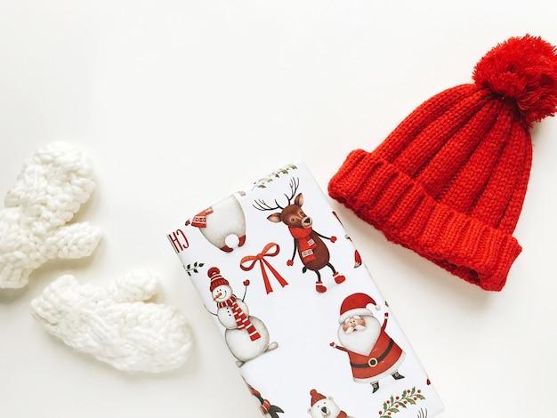 Kerst compositie met geschenkdoos