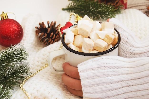 Kerst drankje. gelukkig nieuwjaar. selectieve focus vakantie