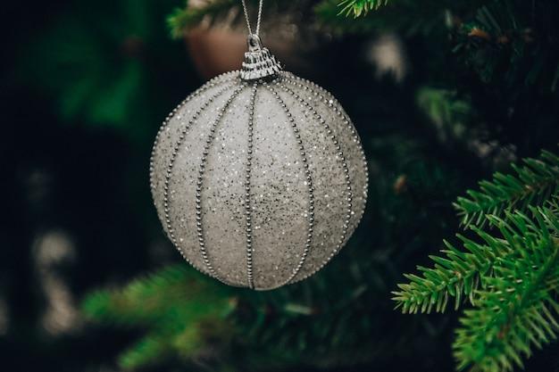 Kerst en nieuwjaar boom bal decoratie kerstboom vakantie sfeer
